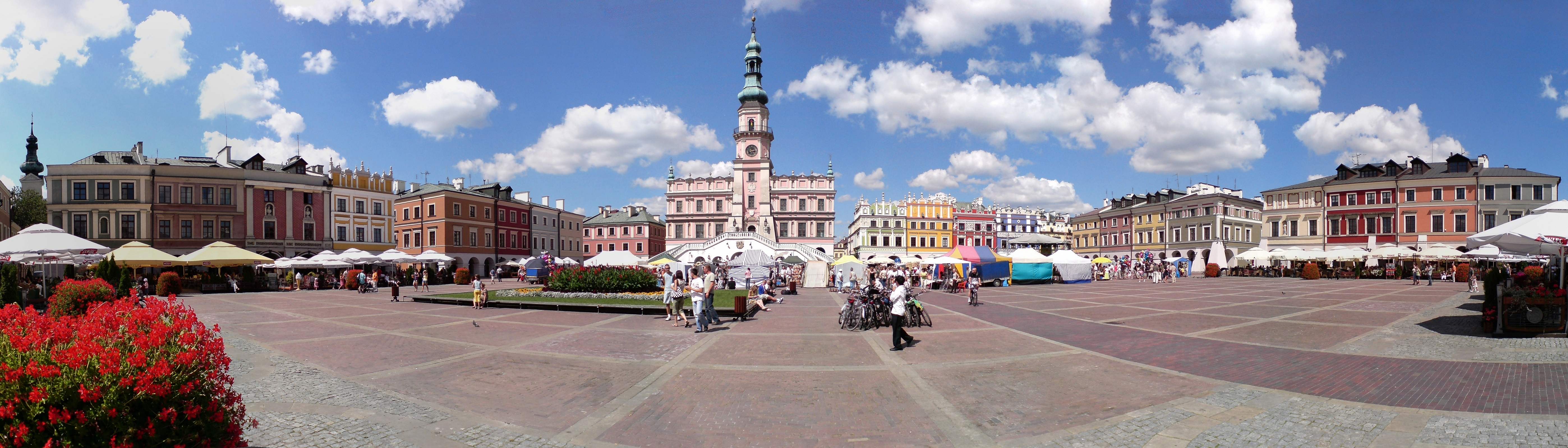 Zamosc Great Market panorama1
